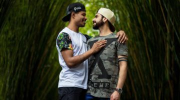 how to date shy gay men
